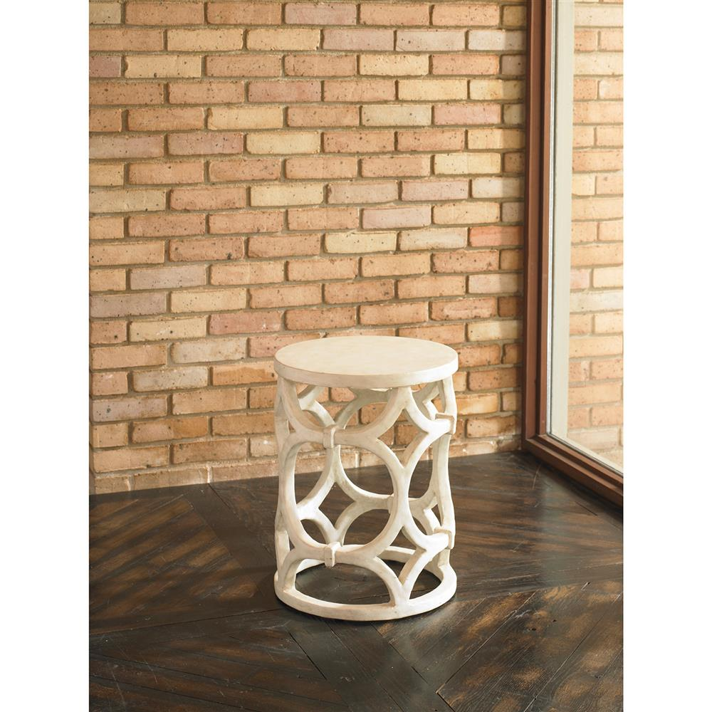 Mackay modern ebony gesso ring column end table kathy for Outdoor furniture mackay