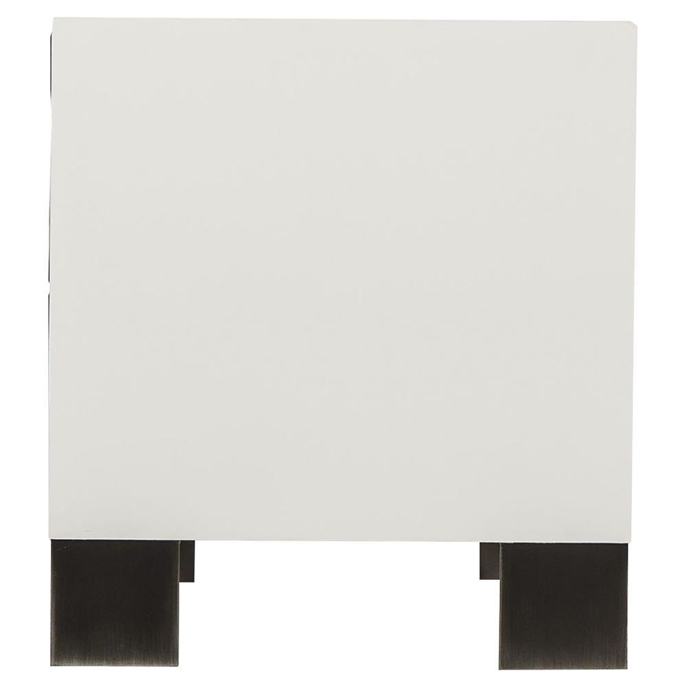 Thomas Bina Cardosa Rustic Modern White Acrylic Peroba