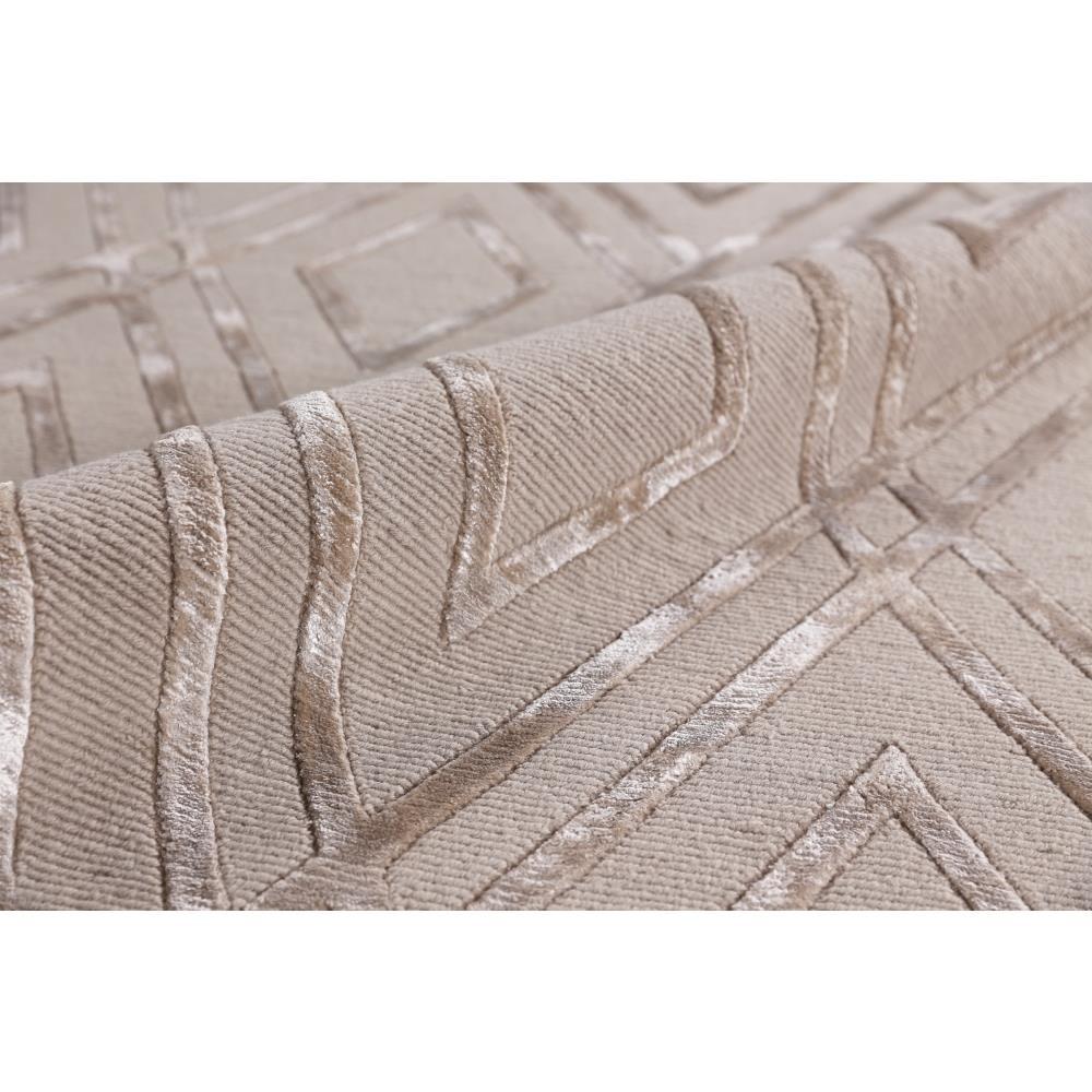 Velvet Soft Rugs In Natural Beige: Exquisite Rugs Metro Velvet Modern Classic Diamond Pattern