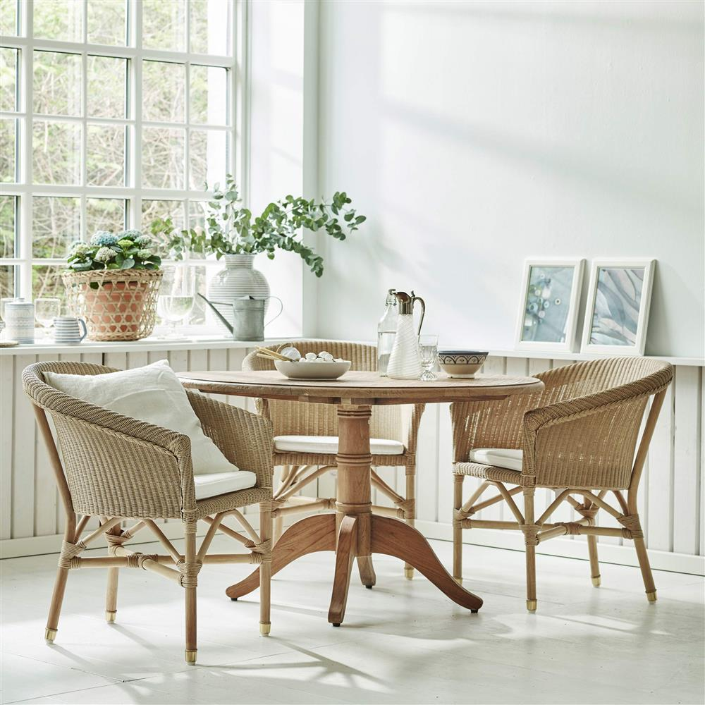 Cali Rustic Lodge Reclaimed Teak Round Pedestal Dining Table