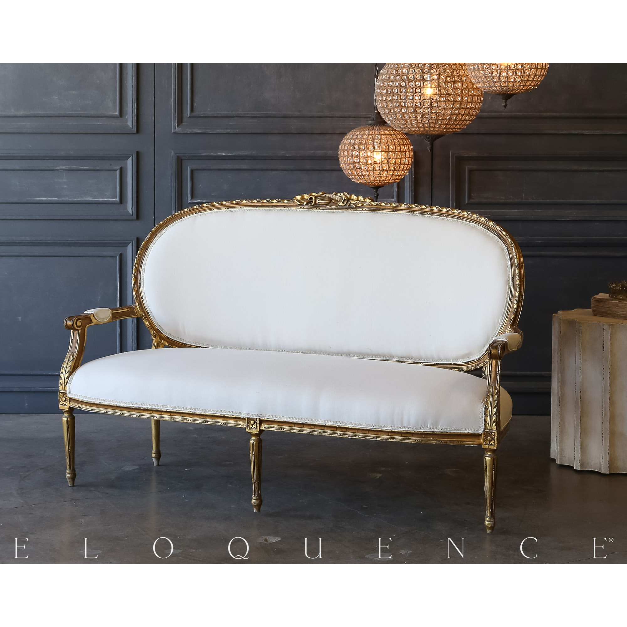 Eloquence® Vintage Gold Oval Settee: 1940