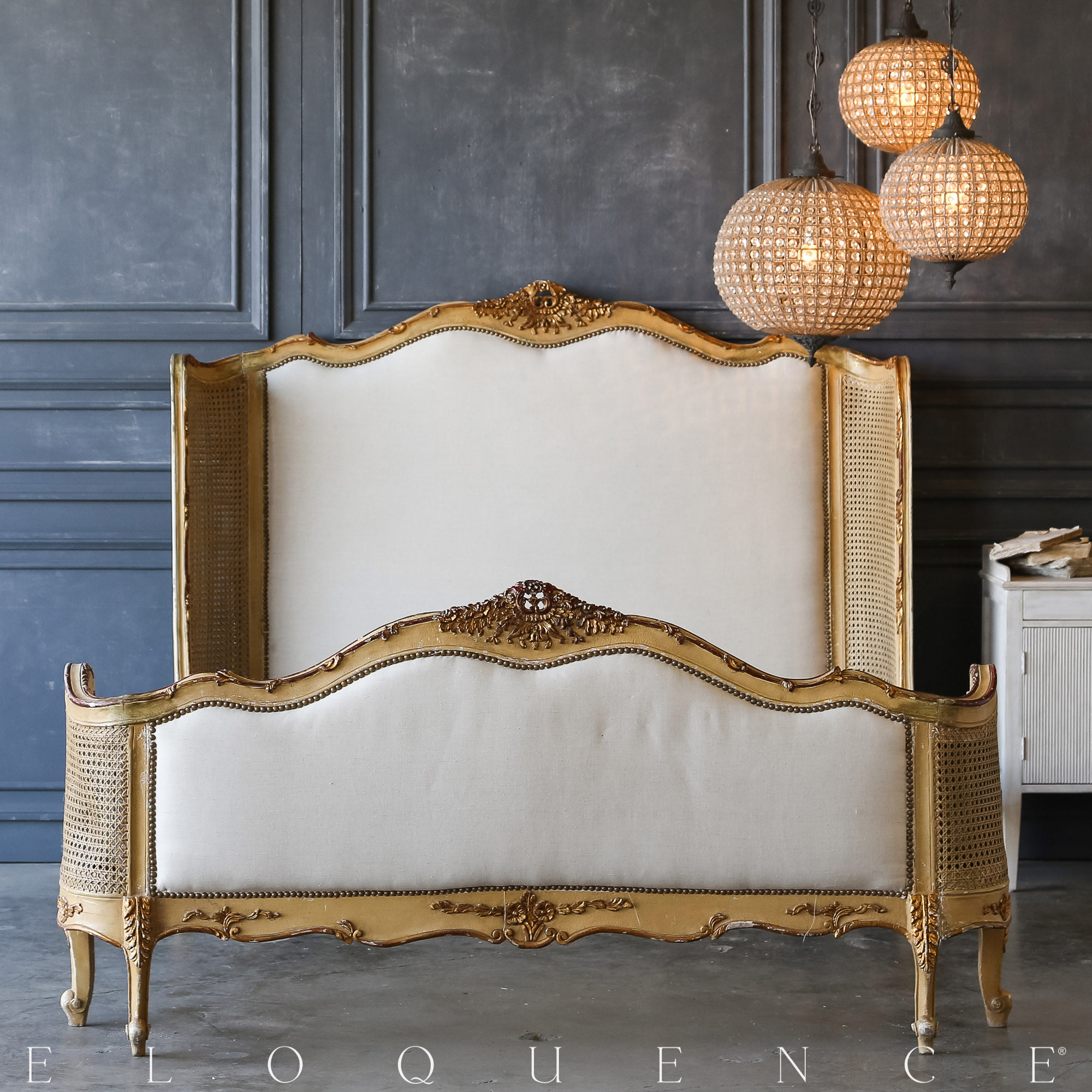 Eloquence® Vintage Apricot Cane Bed: 1940