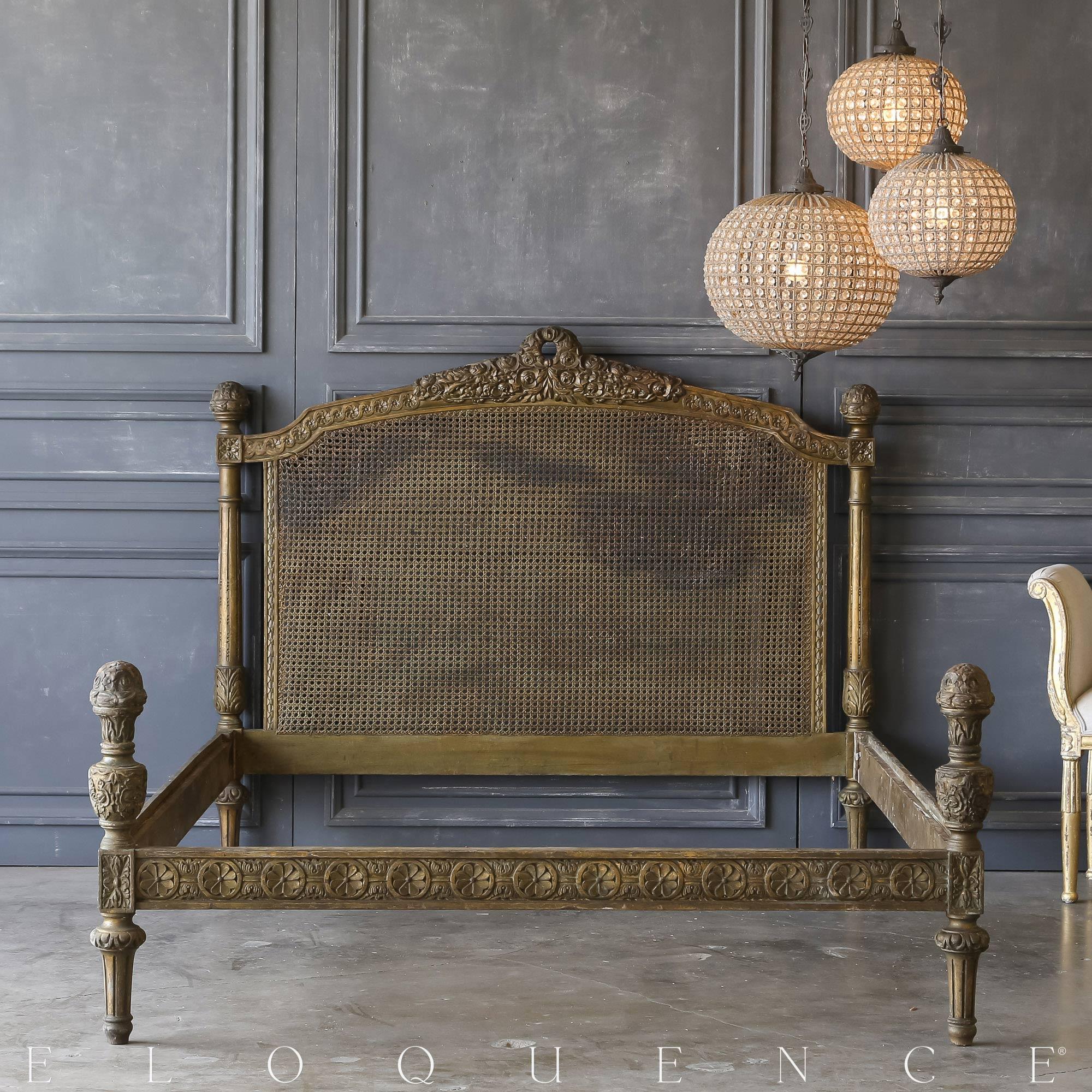 Eloquence® Vintage Dark Gilt Rattan Bed: 1940