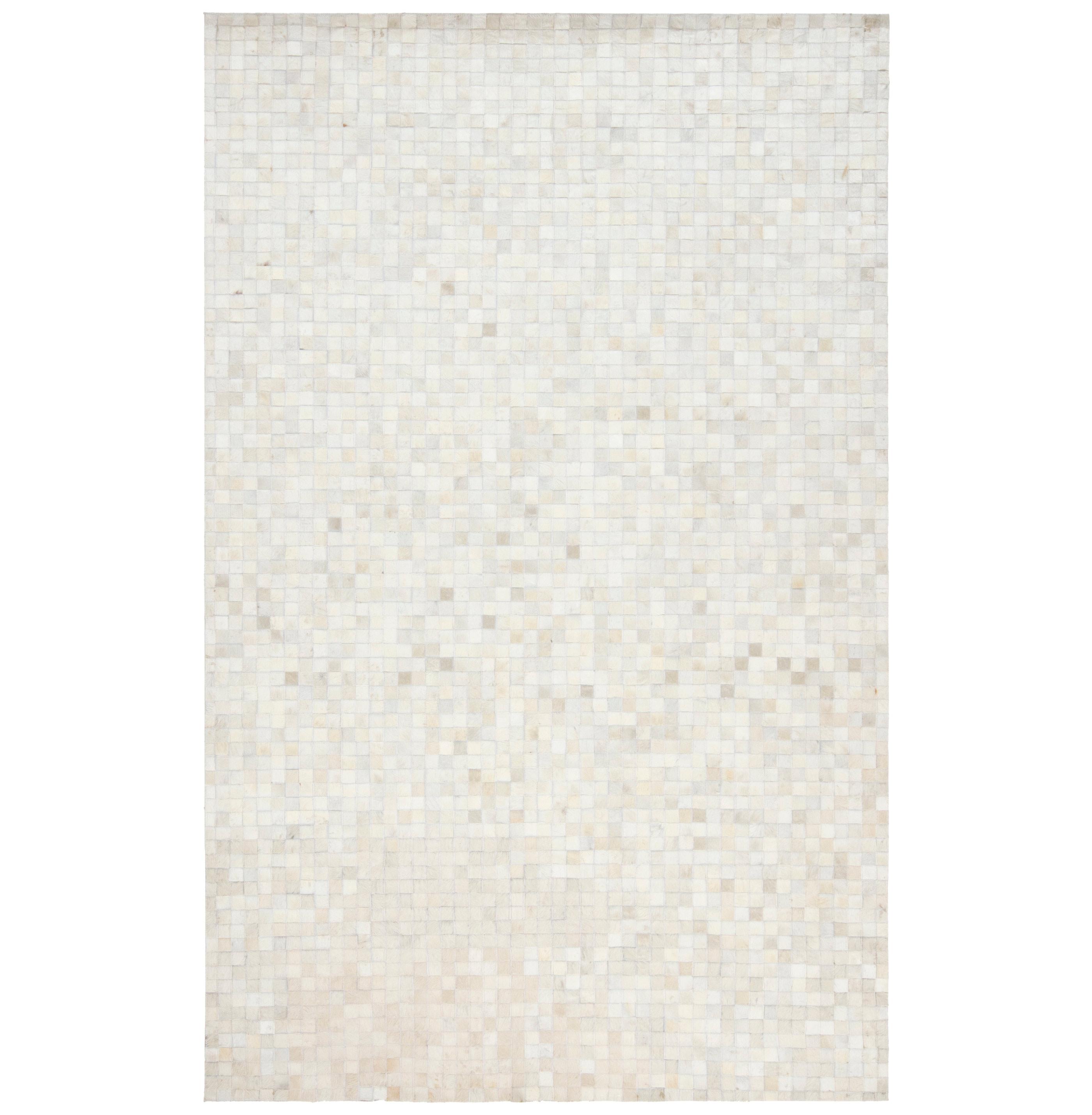 Kochi Global Bazaar Tile Ivory White Cowhide Rug - 8x10