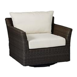 Peachy Summer Classics Club Woven Modern Black Woven Wicker Outdoor Swivel Lounge Chair Gmtry Best Dining Table And Chair Ideas Images Gmtryco