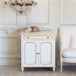 Eloquence® Royale Cabinet in Gilt Highlight