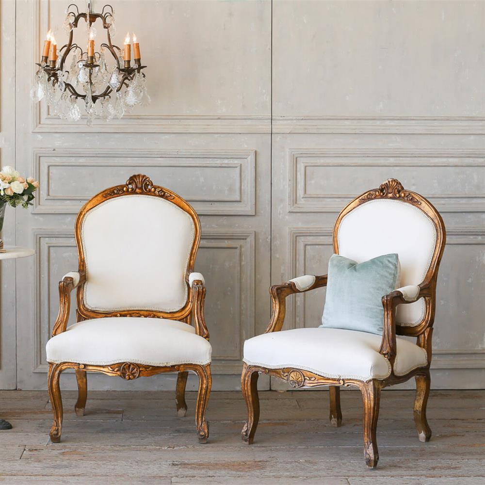 Eloquence French Country Style Vintage Armchairs With Shell Crest