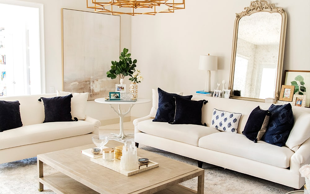 Fashionable Hostess' Living Room