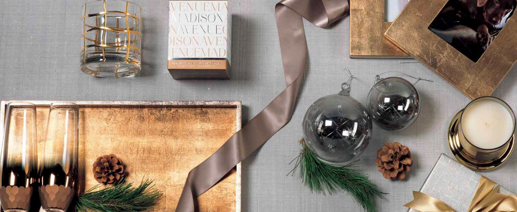 'Tis The Season for Holiday Gifting, Giveaways & More