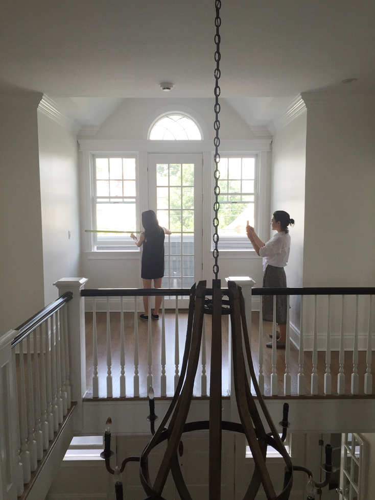 Interior Designer Vs Decorator What S The Difference Kathy Kuo Blog Kathy Kuo Home