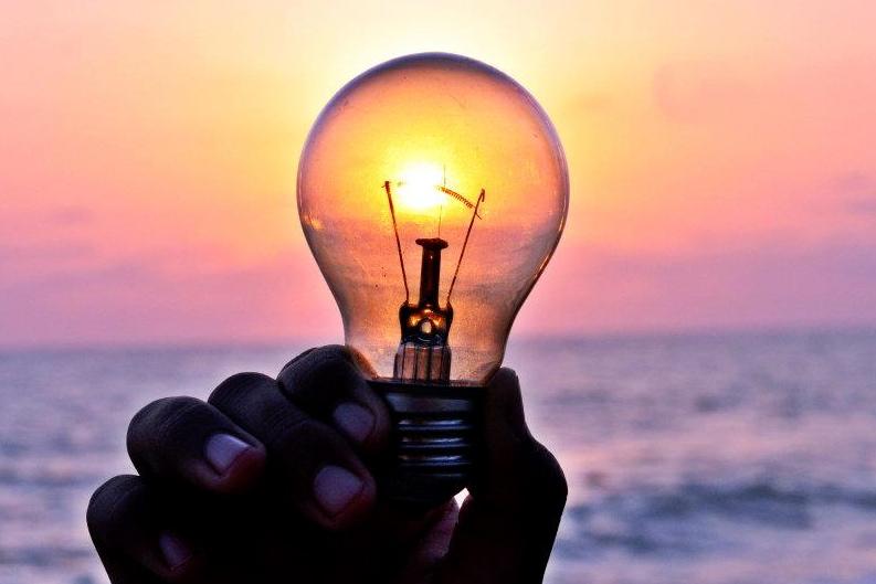 lightbulb-sun-version-2