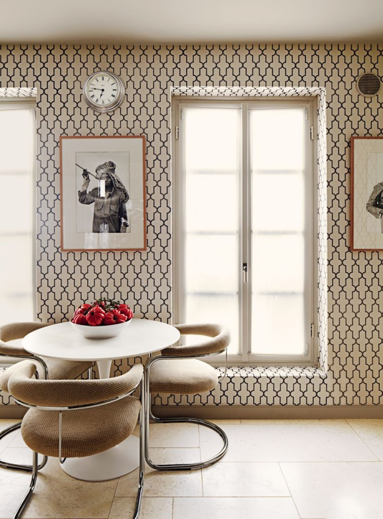 how to choose wallpaper