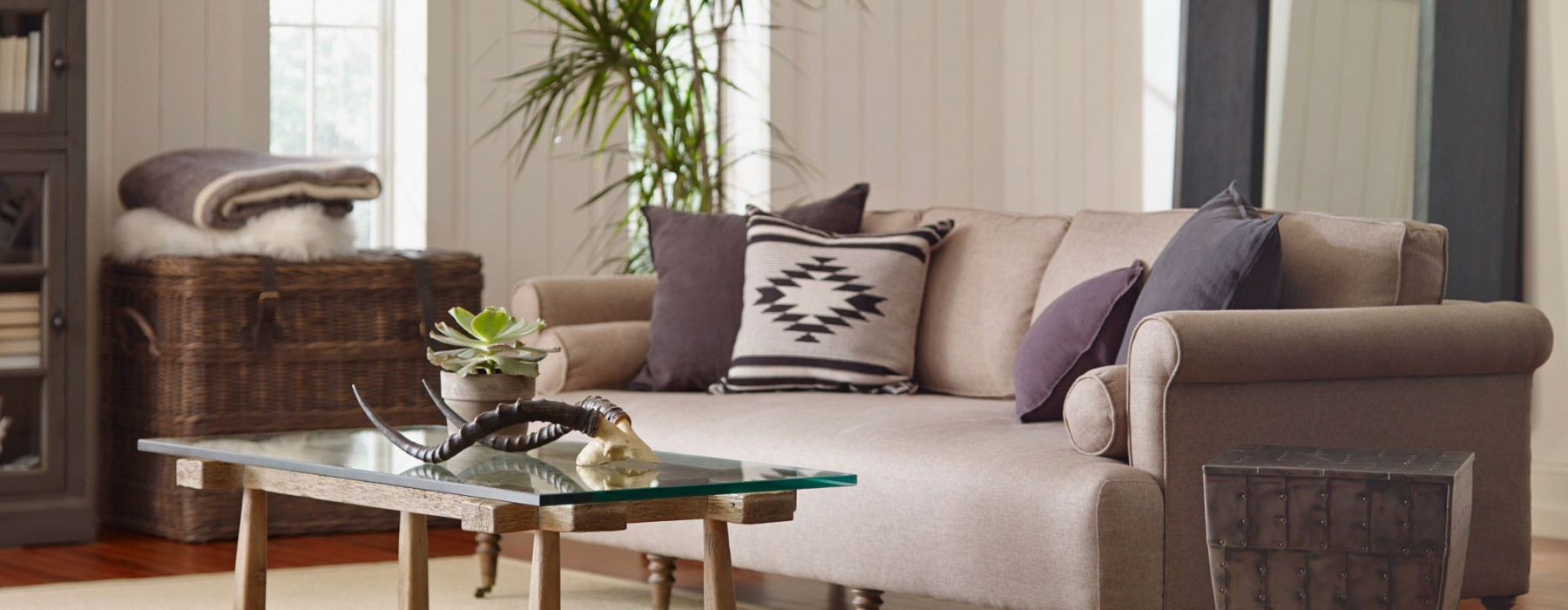 The Kathy Kuo Home Guide to Shopping for End Tables
