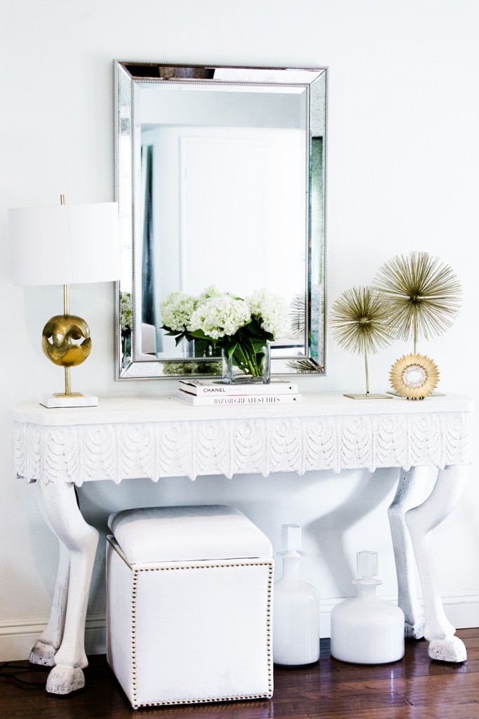 chriselle_lim_3_ways_to_decorate_console-1-6