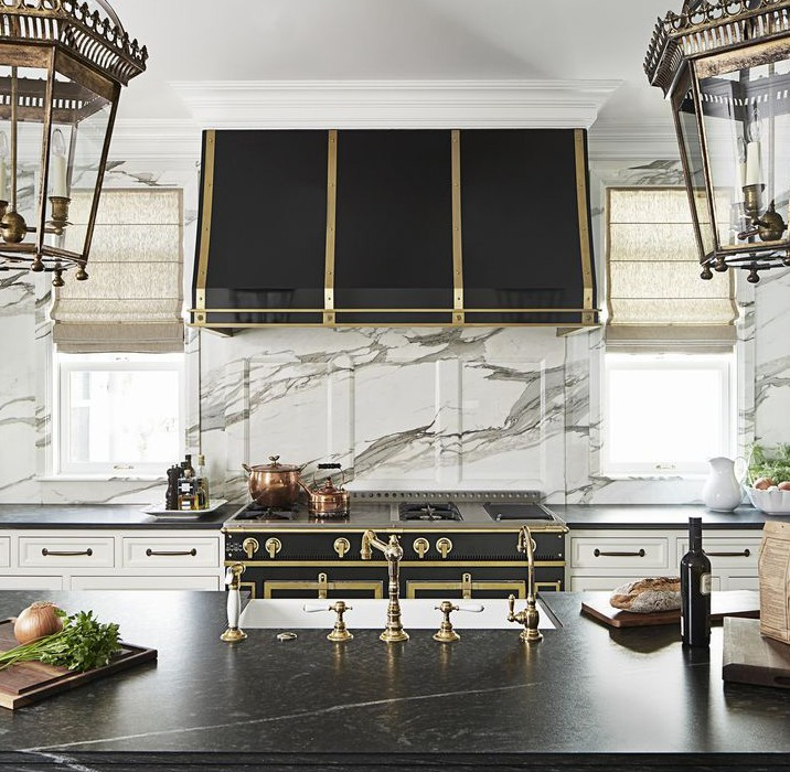 Mixing Metals In Kitchen Decor
