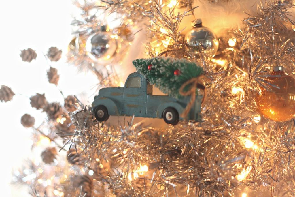 pickup truck Christmas tree ornament