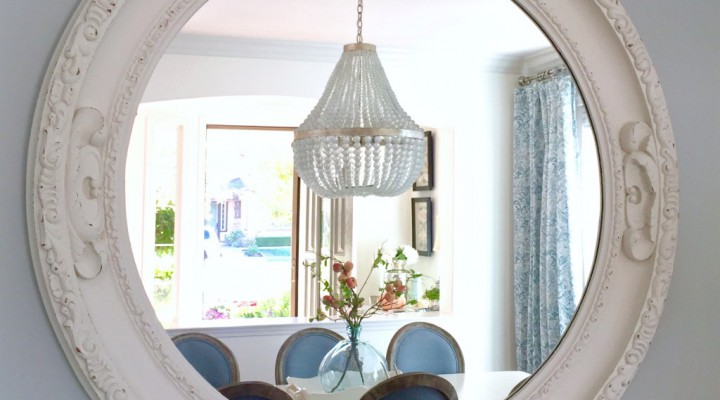 Kristy Wicks' Blue & White Dining Room
