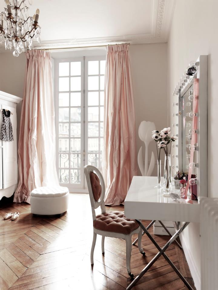 kathy kuo home feminine french furniture