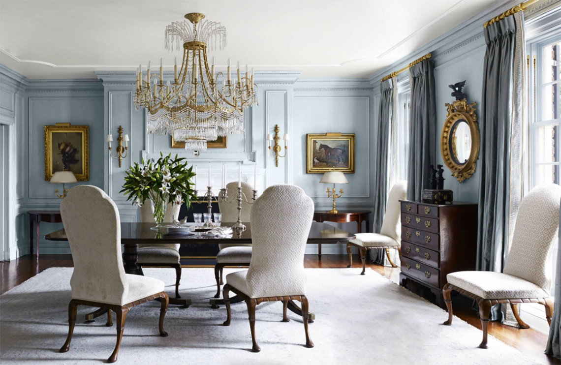 What's the Difference Between Vintage and Antique Furniture?