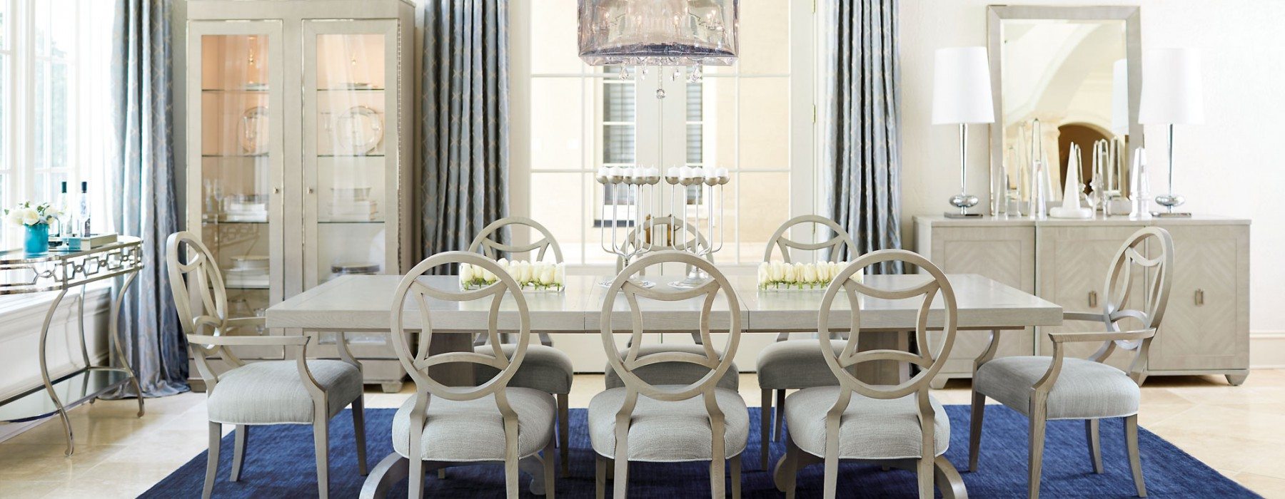 Expert Advice: How to Design a Perfectly Scaled Dining Room
