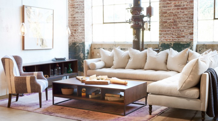 5 Reasons Why This is the World's Greatest Sofa