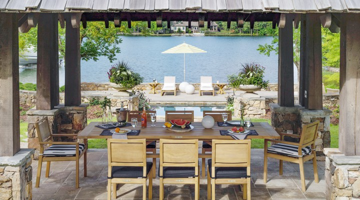 7 Tips for a Sun-Sational Dinner Party