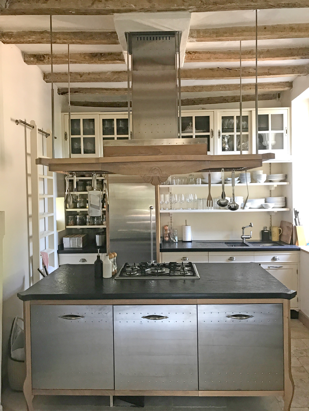 La Restrie Kitchen