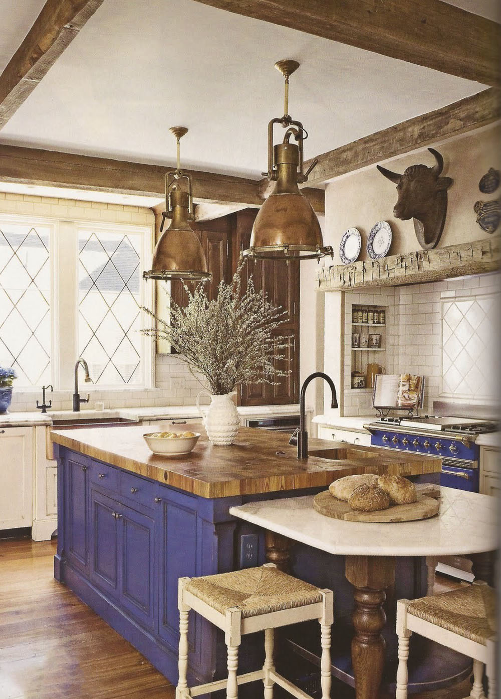 These 5 Rustic French Country Decorating Ideas Will Have You Ready