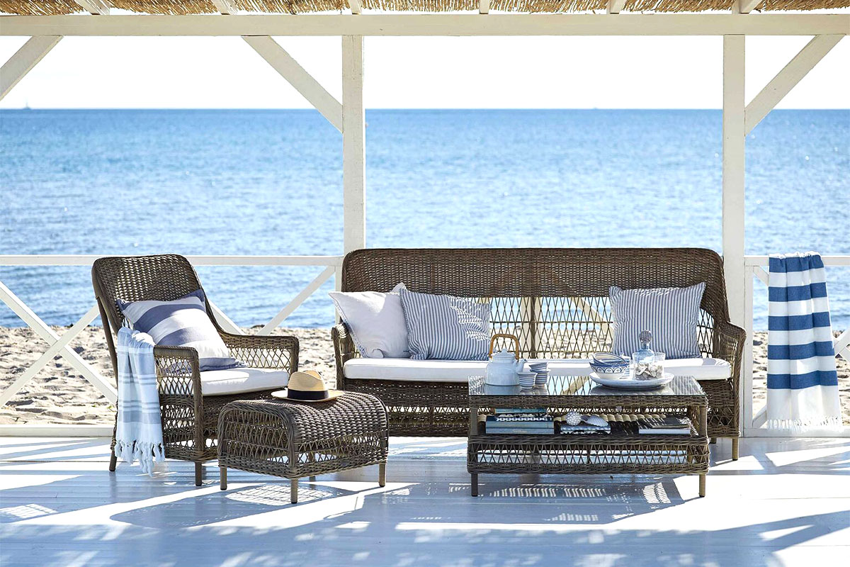 These French Coastal Design Ideas Bring The Vacation Home Kathy Kuo Blog Kathy Kuo Home