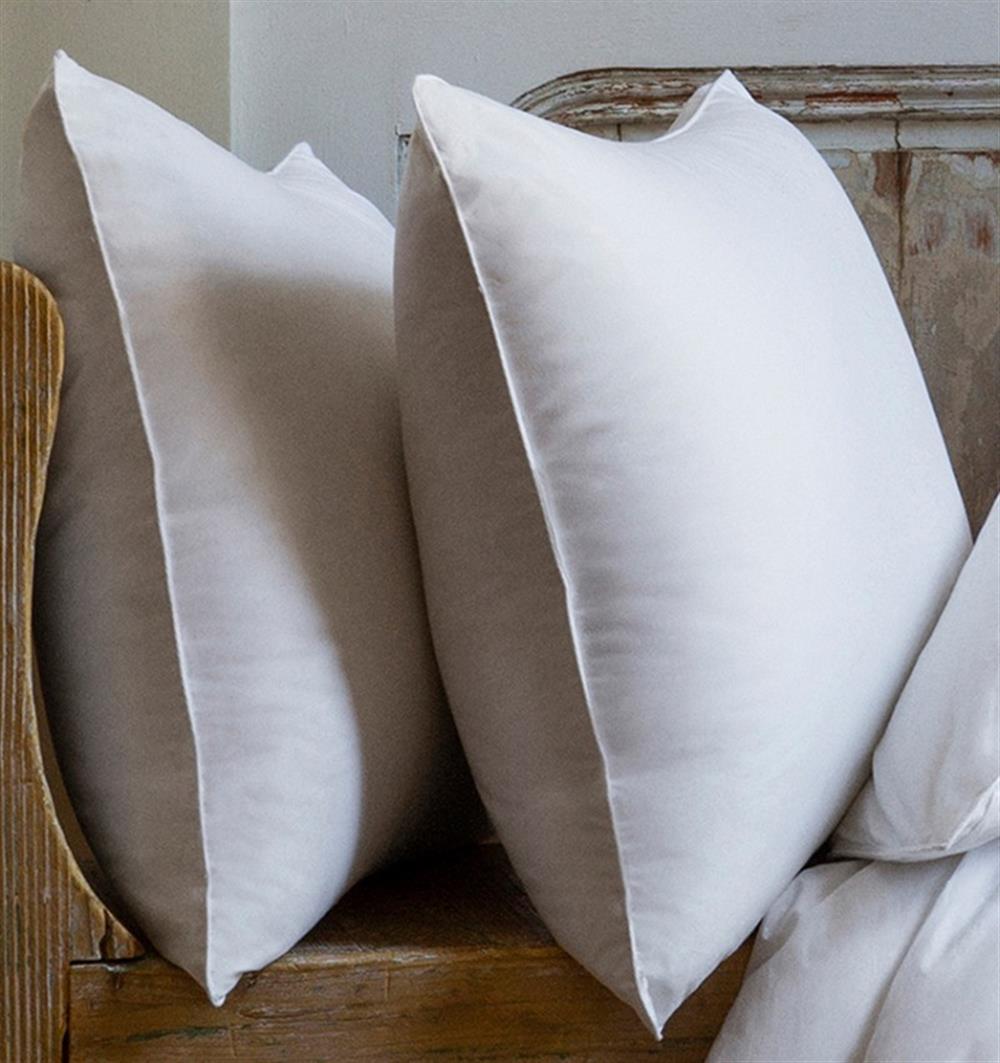 Sferra Modern Cornwall Goose Down Medium Pillow