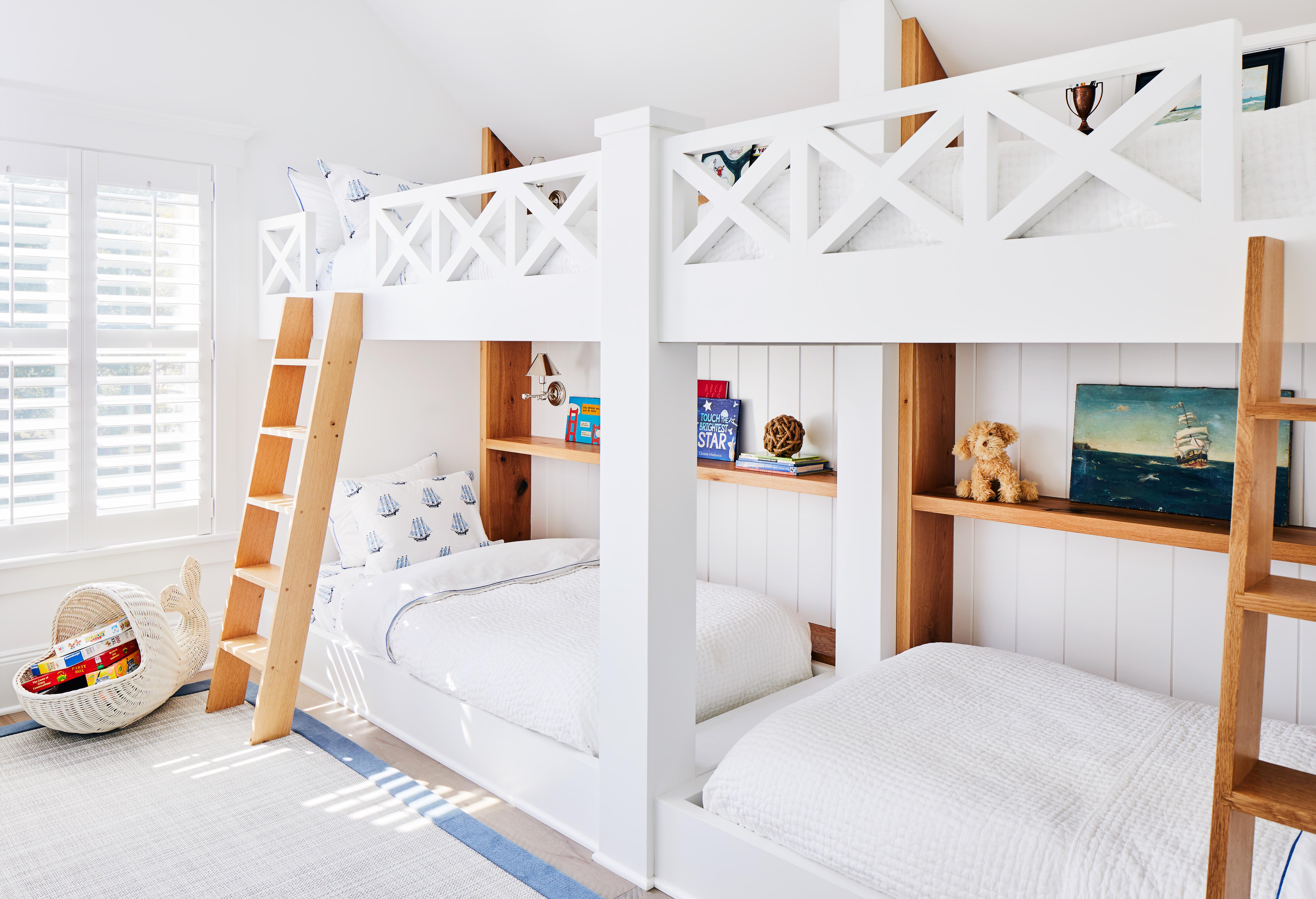 children's bedroom with bunkbeds