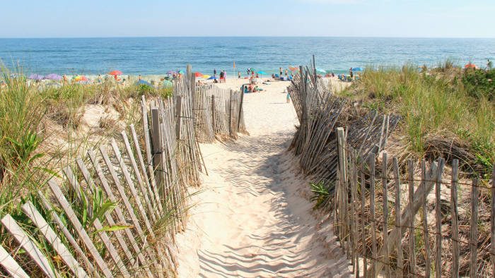 The Official Kathy Kuo Home Guide to the Hamptons